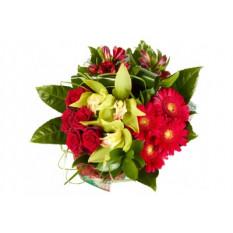 Mazzo di rose e orchidee